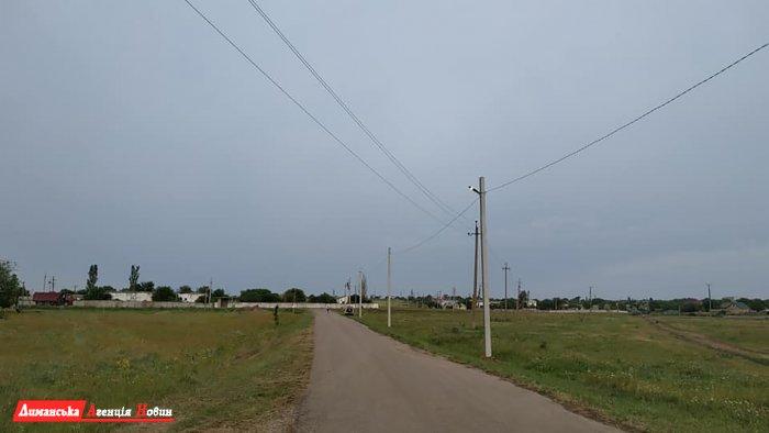 """""""Команда розвитку"""" оновлює освітлення у селах Першотравневої сільради."""