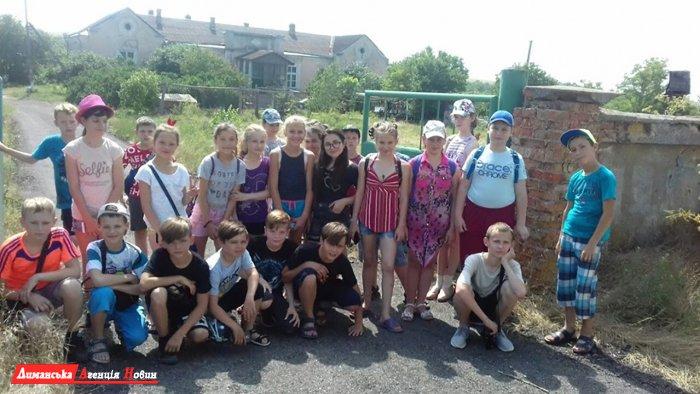 У пришкільному таборі в Першотравневому пройшов День сім'ї (фото)