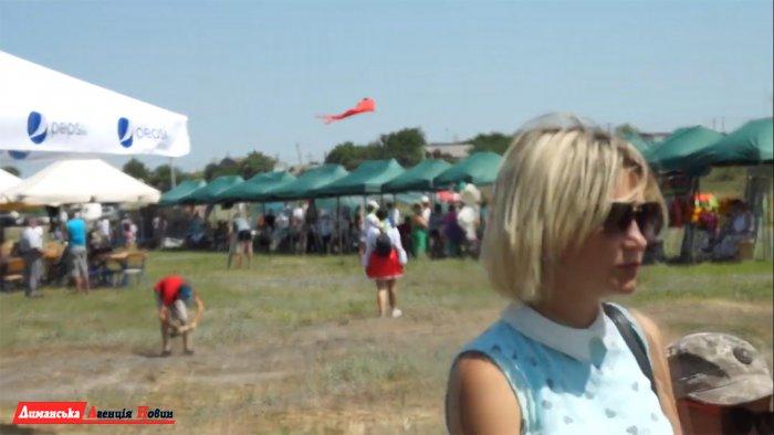 """Гості фестивалю """"EKO FEST"""" в Коблево оцінили оновлений пляж на Тилігулі."""
