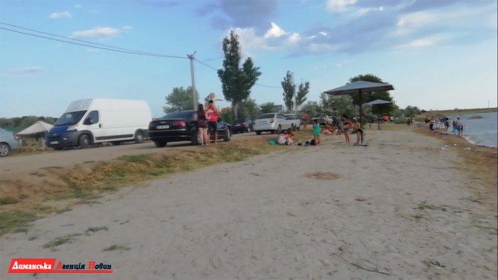 """Гості фестивалю """"EKO FEST"""" в Коблево оцінили оновлений пляж на Тилігулі (фото)"""