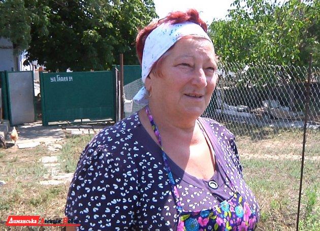 Людмила, местная жительница.