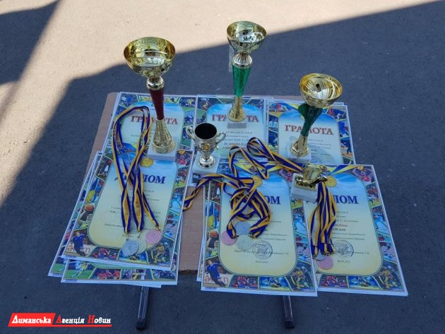 У Трояндівській школі Доброславської ОТГ закінчився Олімпійський тиждень (фотофакт)